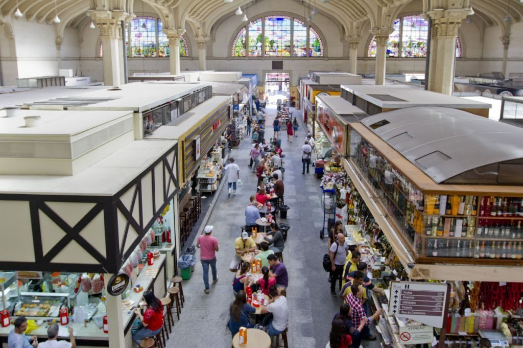 Imagem interna do Mercado Municipal de SP